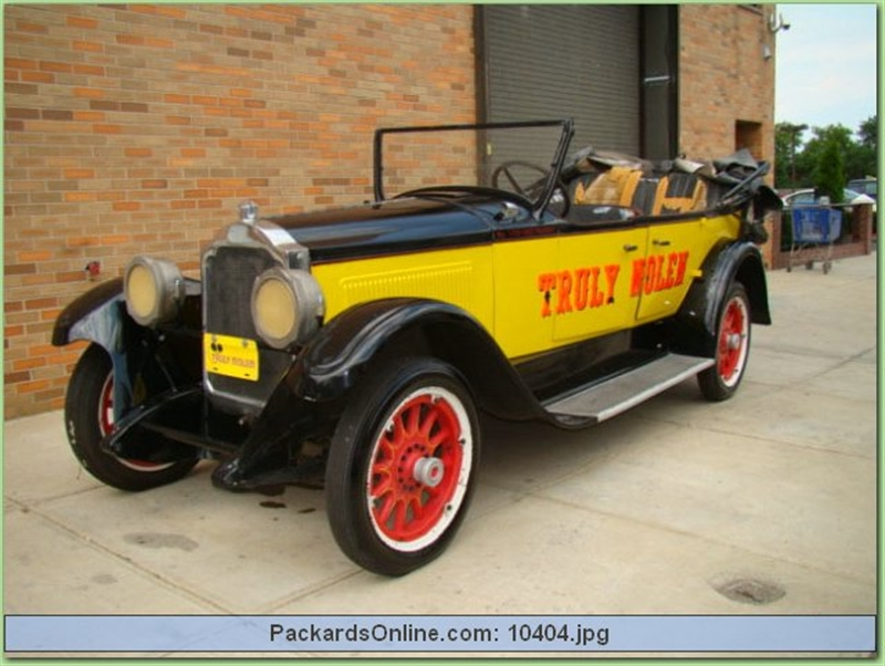 1922 Packard Model 126 Touring