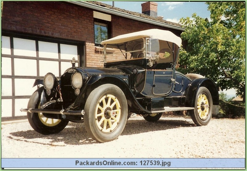 1917 Packard Model 2-25 2 Pas Runabout