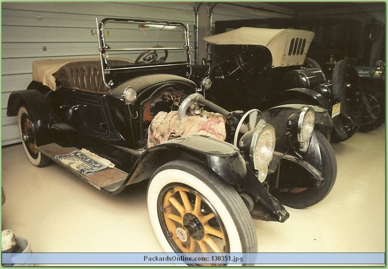 1916 Packard Model 1-25 2 Pas Runabout