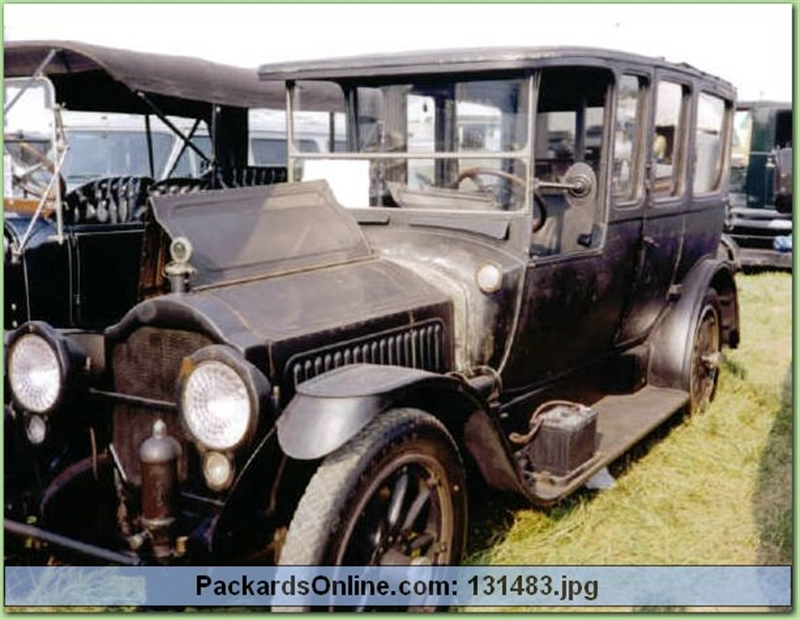 1917 Packard Model 2-25 Laundaulet