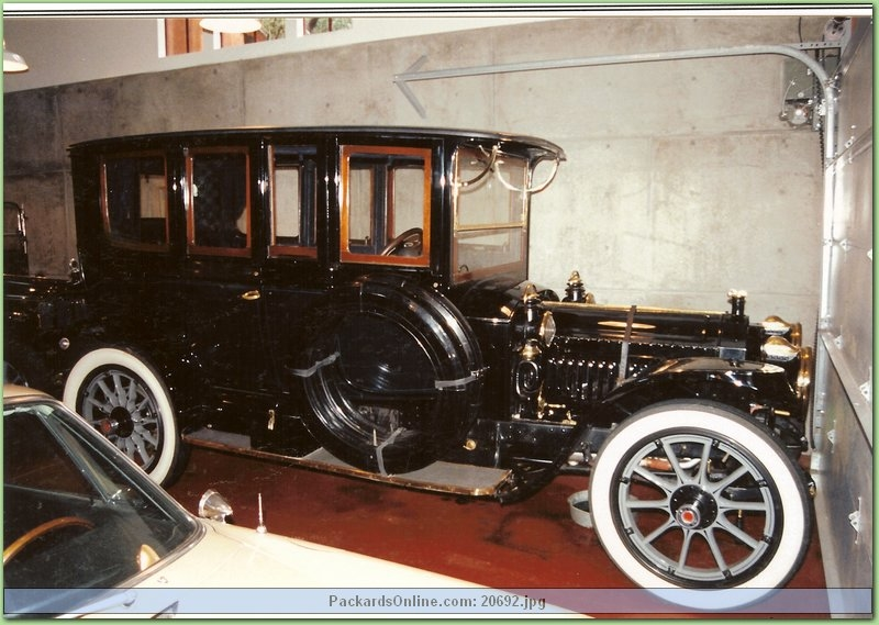 1912 Packard Model 30 Broughm