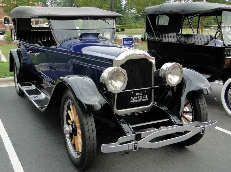 1923 Packard Model 133 7 Pas. Touring