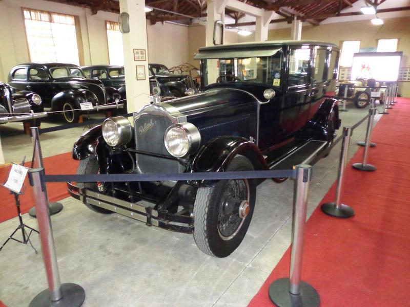 1925 Packard Model 243 Limousine