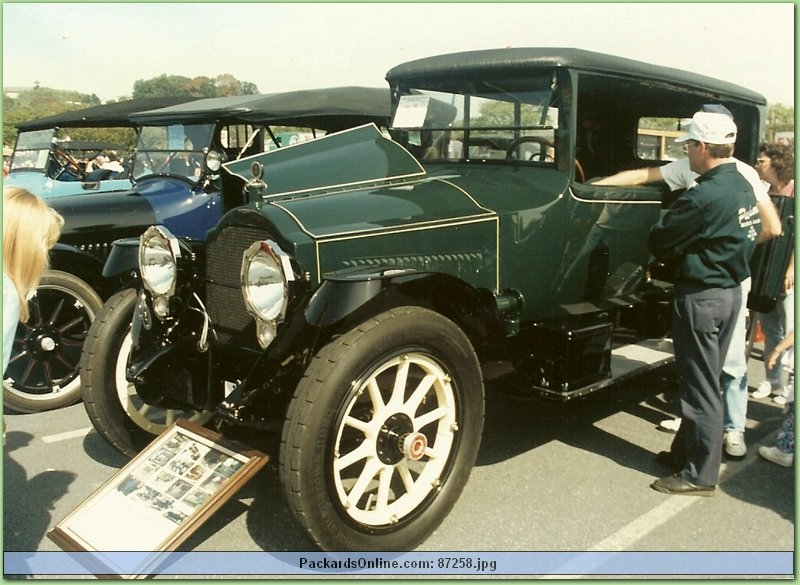 1916 Packard Model 1-35 7 Pas Limousine