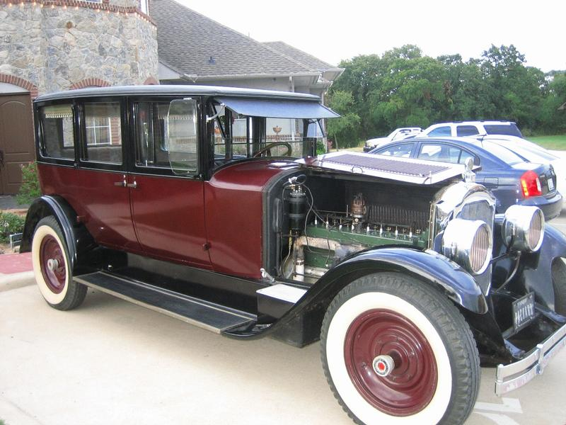 1924 Packard Model 136 Limousine - 5 pass.