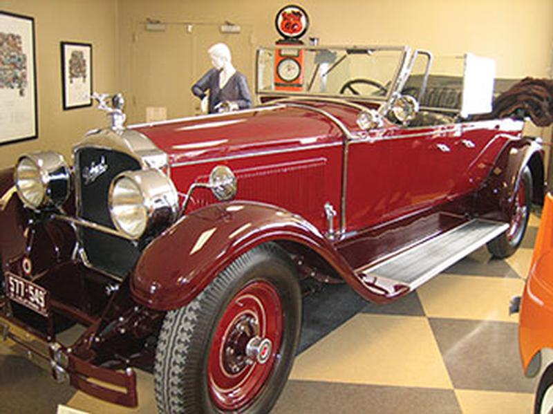 1927 Packard Model 343 Touring - 7 pass.