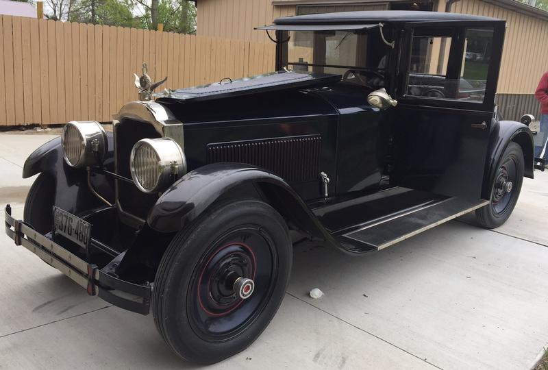 1924 Packard Model 136 Coupe - 4 pass.