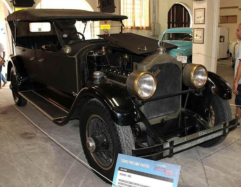 1925 Packard Model 243 Touring - 7 pass.