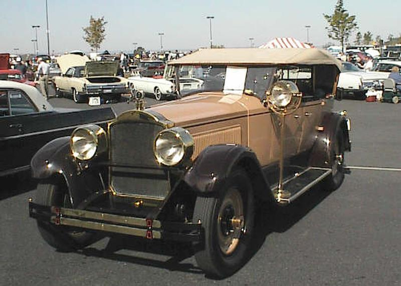 1925 Packard Model 236 Phaeton